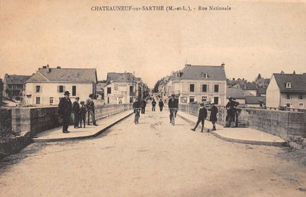 Châteauneuf-sur-Sarthe, Rue Nationale
